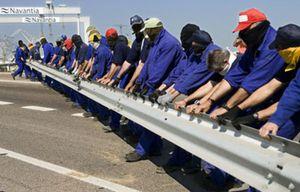 Los trabajadores de Delphi inician una marcha de seis días hacia Sevilla