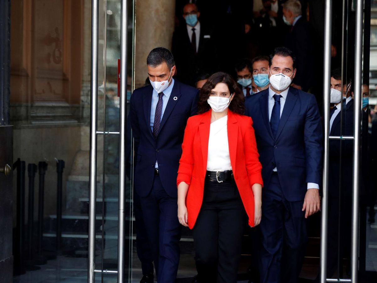 Foto: Pedro Sánchez (PSOE), Isabel Díaz Ayuso (PP) e Ignacio Aguado (Cs). (EFE)