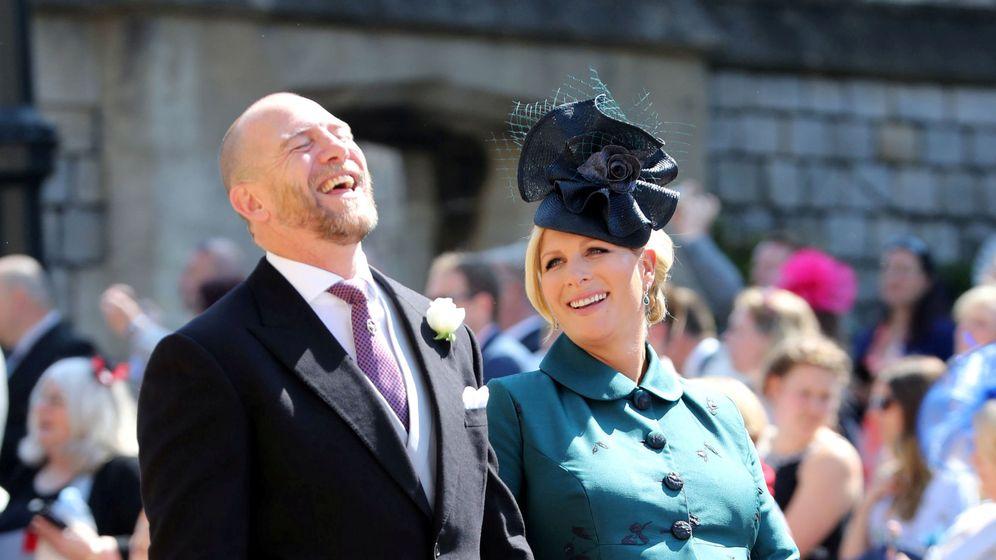 Foto: Mike Tindall y Zara Phillips, en la boda de Harry y Meghan. (Reuters)