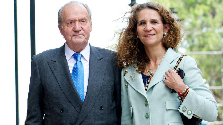 El Rey emérito y la infanta Elena. (Getty)