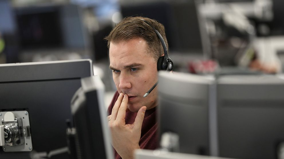 El Ibex 35 registra la cuarta mayor caída de su historia tras desplomarse un 7,96%