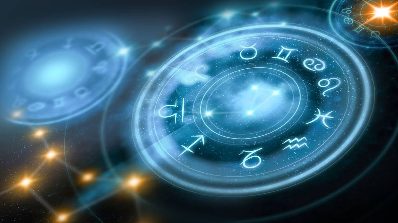 Foto: astrology horoscope background
