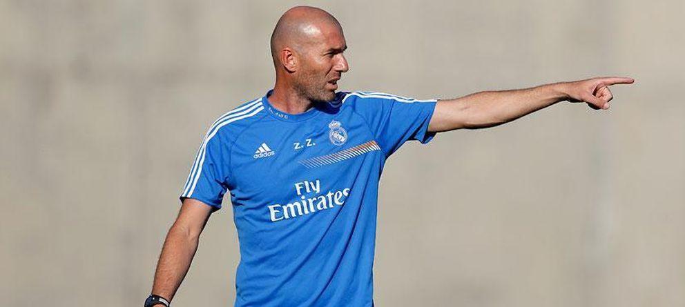 Foto: Zidane está siendo demasiado protagonista en su primer año como entrenador (Realmadrid.com).