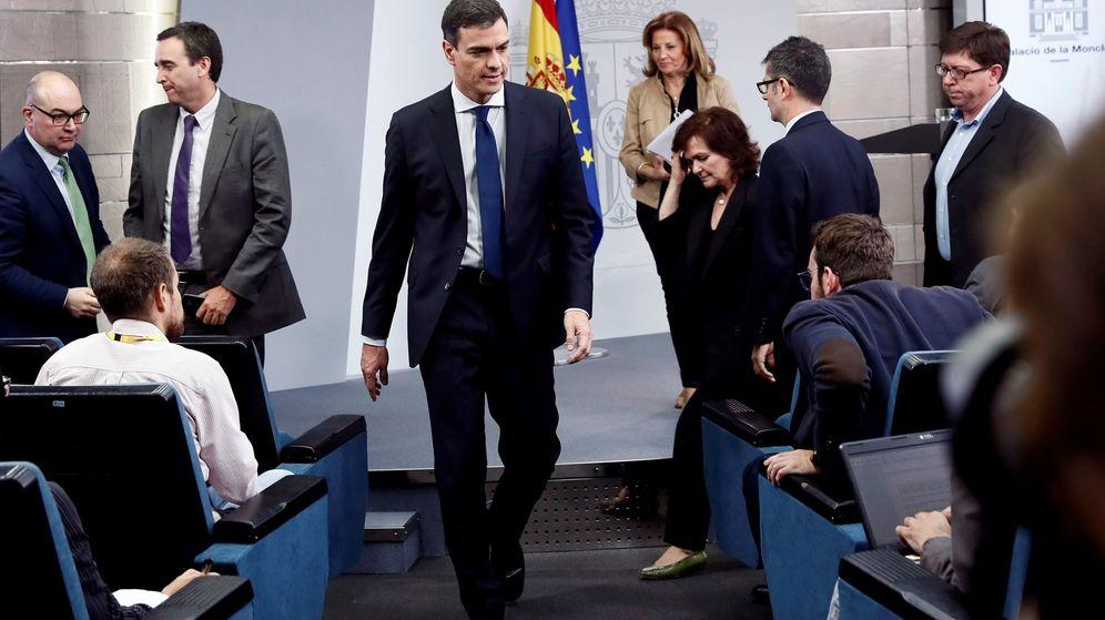Foto: Pedro Sánchez, durante la comparecencia en la que anunció la composición de su Ejecutivo, en el palacio de la Moncloa. (EFE)