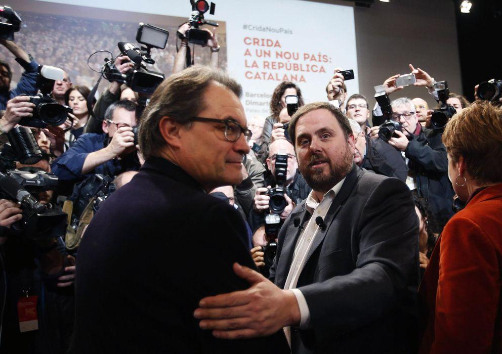 Foto: El presidente de la Generalitat, Artur Mas, y el líder de ERC, Oriol Junqueras. (Reuters)
