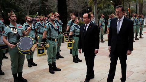 El encuentro de Rajoy y Hollande en Málaga, en imágenes