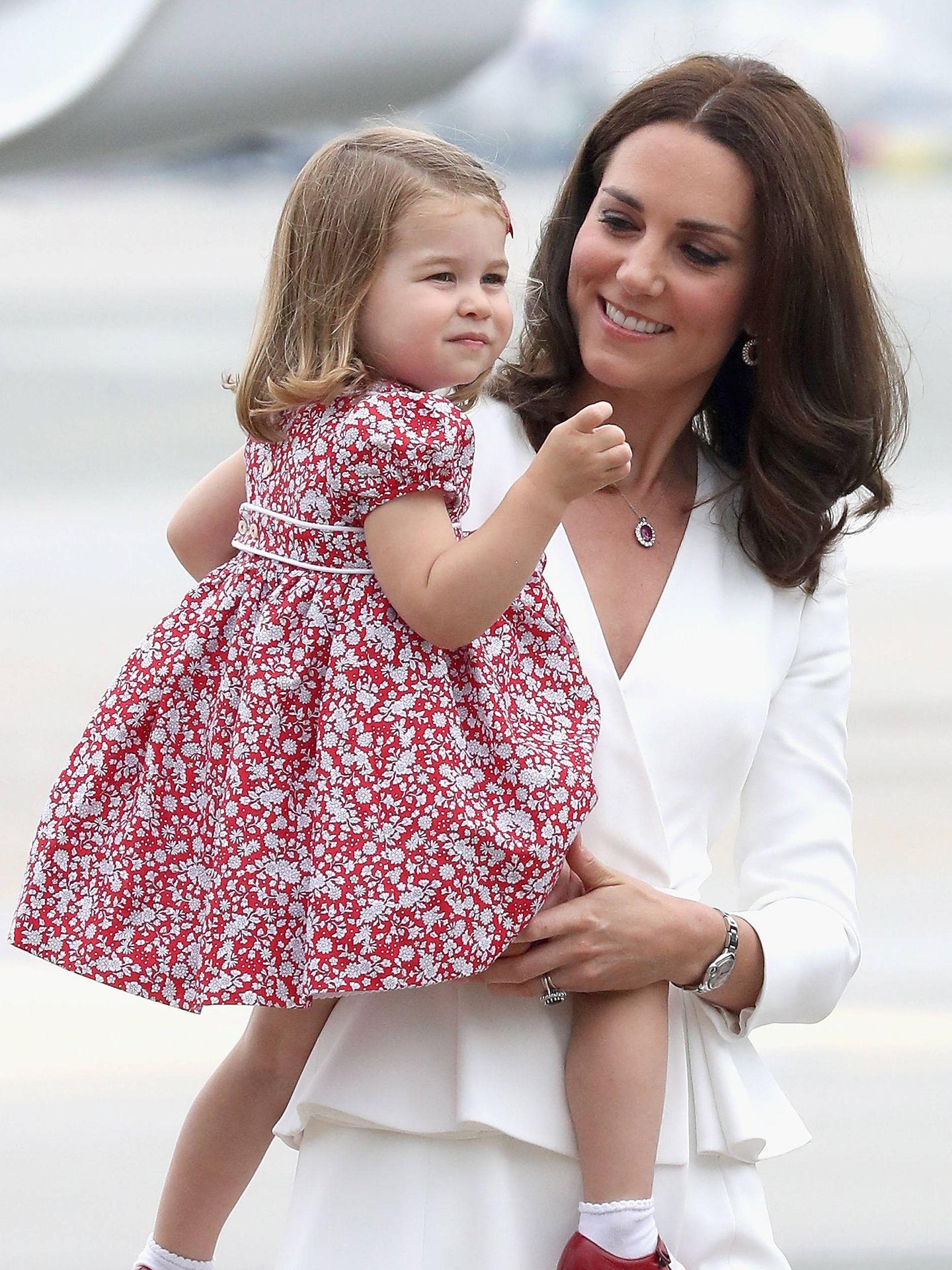Kate Middleton y la princesa Charlotte en una imagen de archivo. (Getty)