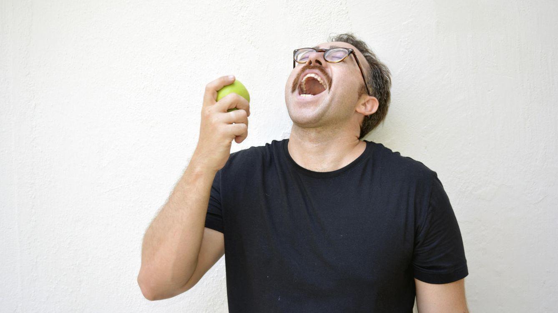 Foto: Está feliz. Normal, perder tanto peso sin apenas esfuerzo no es para menos. (iStock)