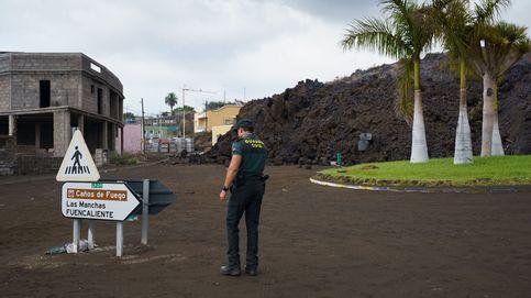 Un muro de arena y bloques de hormigón contra el volcán: ¿es posible frenar su colada?