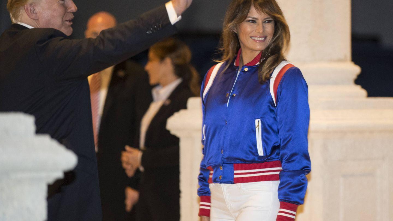 Melania Trump con su look de Super Bowl. (Gtres)