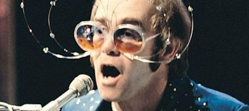 Resultado de imagen de elton john gafas