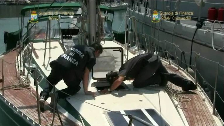 Foto: Agentes italianos y españoles abordaron el barco utilizado por los narcotraficantes.