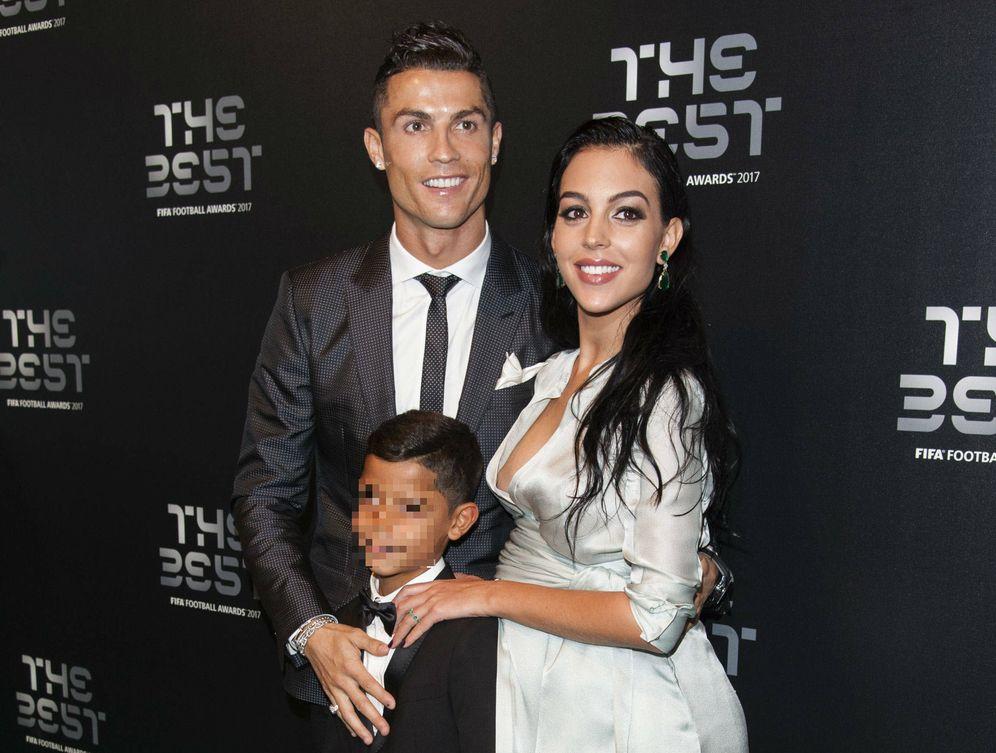 Foto: Cristiano Ronaldo junto a Georgina en los Premios The Best. (Gtres)