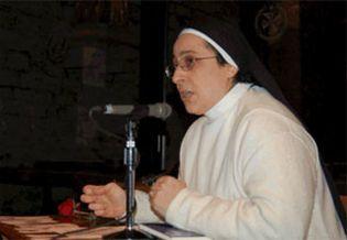 """Foto: La 'monja catalanista': """"El profundo respeto de Carod-Rovira por la religión es un valor evangélico"""""""