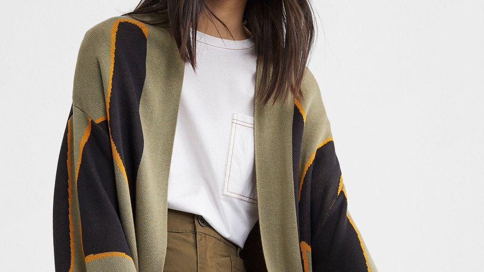 Aún puedes hacerte con el kimono de punto más estiloso de Parfois que triunfa en ventas