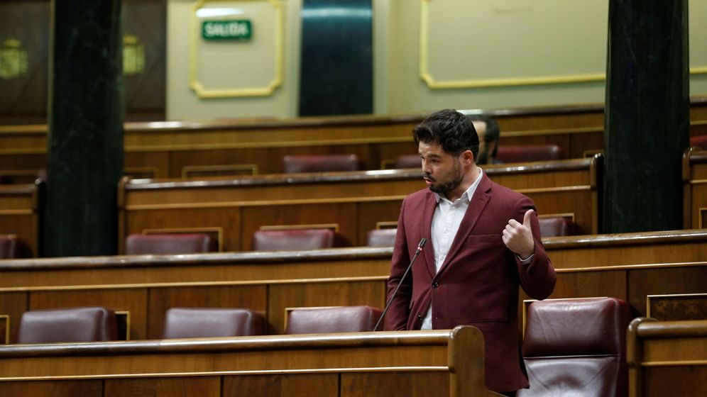 Foto: El portavoz de ERC, Gabriel Rufián, durante su intervención en la sesión de control al Ejecutivo. (EFE)