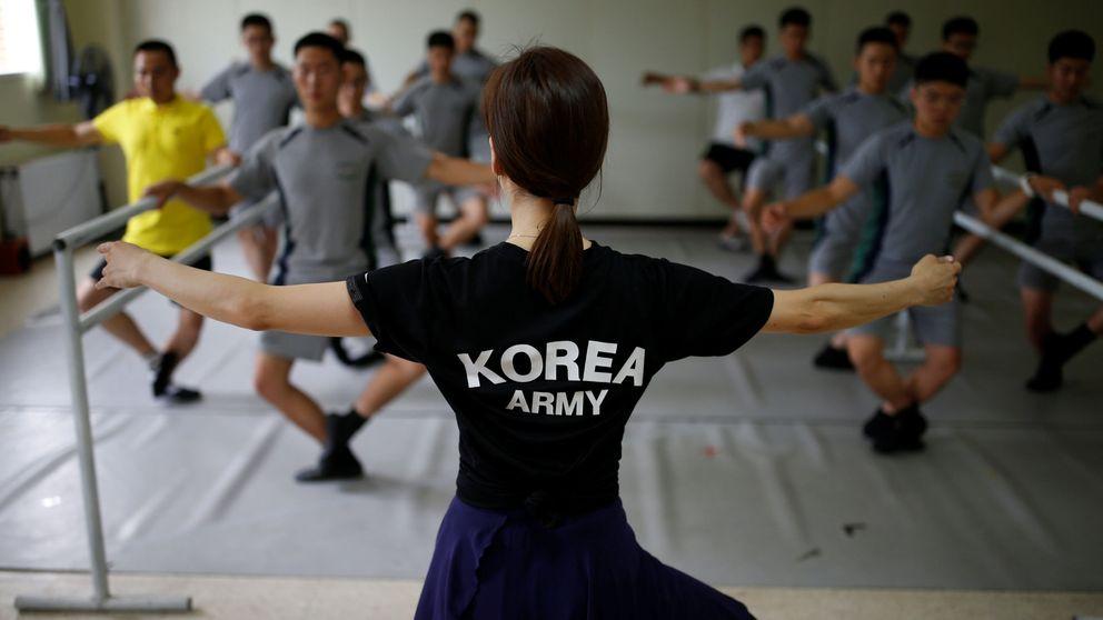 Clases de ballet para los soldados que vigilan la frontera entre las dos Coreas