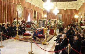 10.000 personas visitan la capilla ardiente de la duquesa de Alba