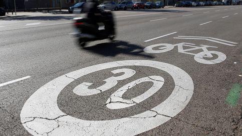 Pamplona prohibirá ir a más de 30 km/h y aparcar los 5 metros antes de pasos de cebra