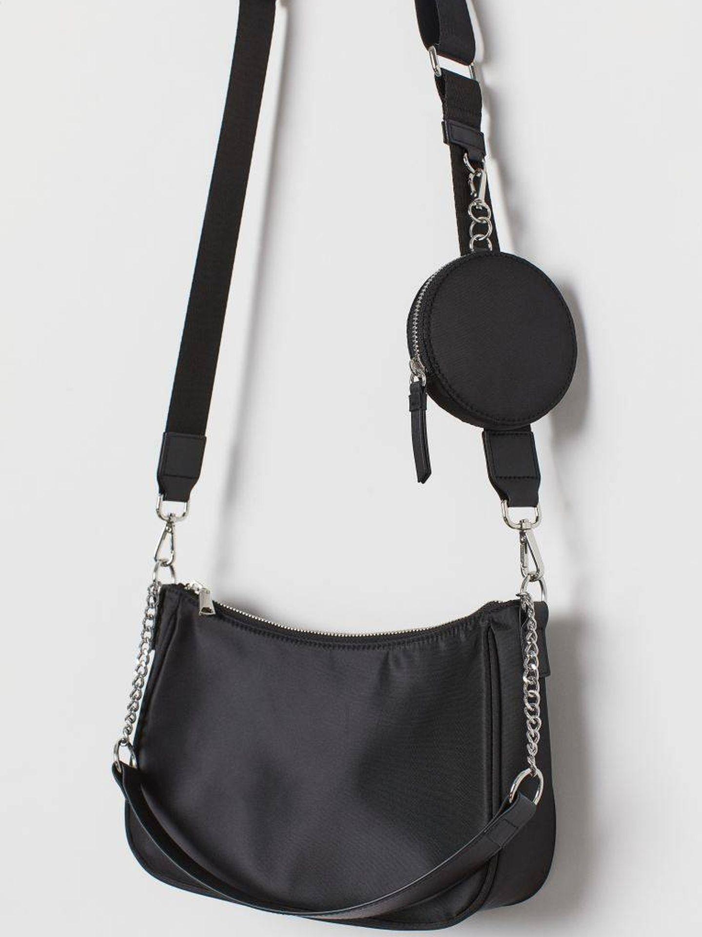 El bolso de HyM en color negro. (Cortesía)