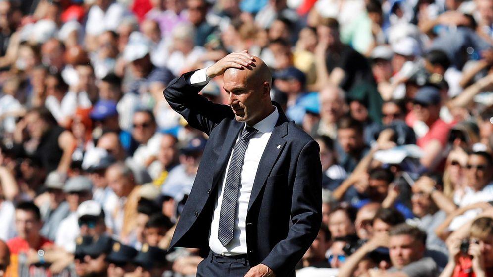 Foto: Zidane, durante el partido ante el Villarreal. (EFE)