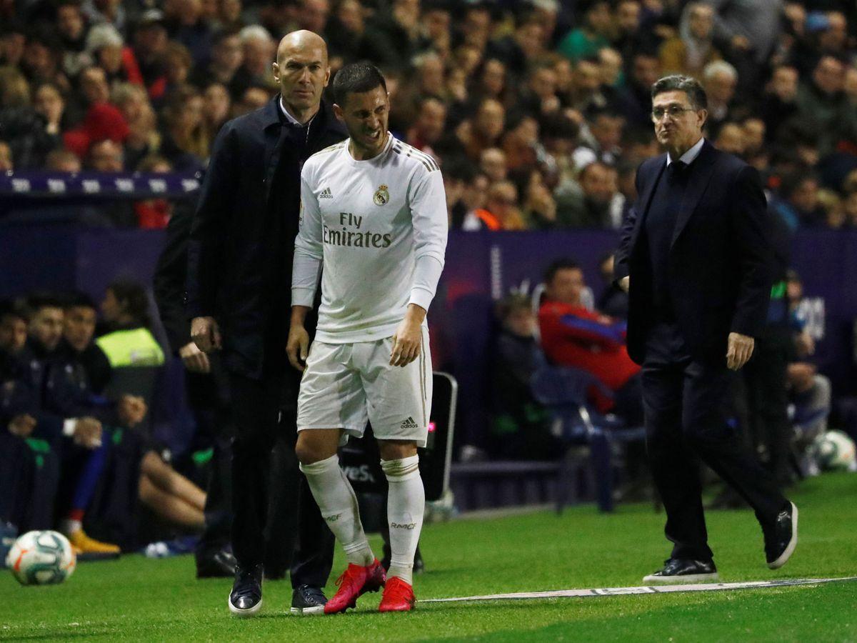 Foto: Eden Hazard tuvo que ser sustituido tras lesionarse durante el Levante-Real Madrid. (EFE)