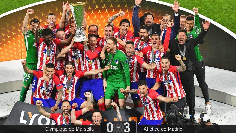 Foto: Torres y Gabi levantaron juntos el trofeo de campeón de la Europa League. (Reuters)