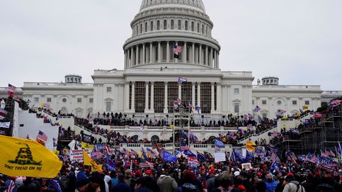 Dos policías de Virginia, despedidos por participar en el asalto al Capitolio