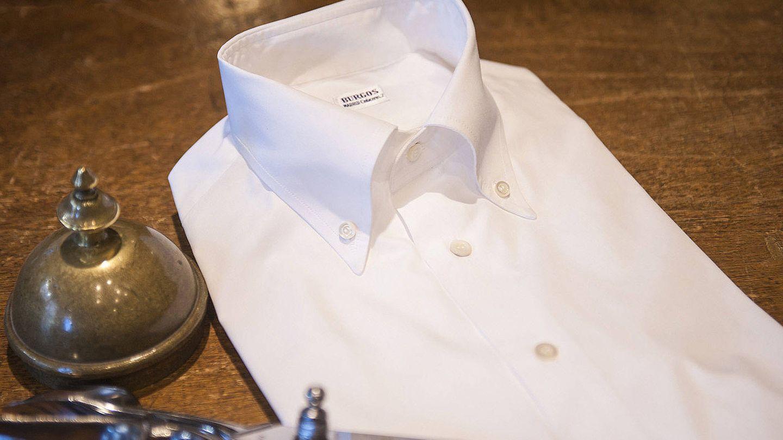 Camisa blanca. (Camisería Burgos)