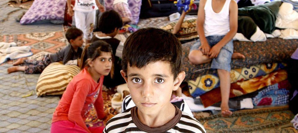 Foto: Niños yazidíes refugiados en Silopi, Turquía, a 14 km de la frontera con Irak. (EFE)