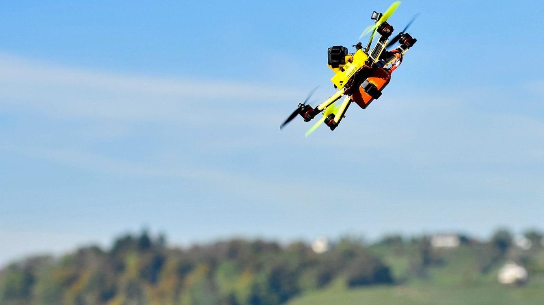 UK prohibirá volar drones a menos de 5 km. de un aeropuerto. ¿Qué hay de España?