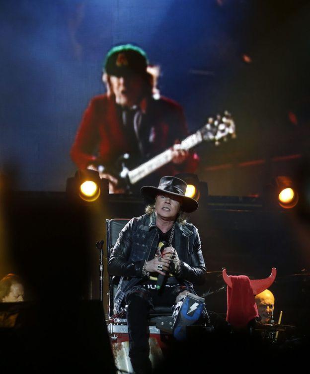Foto: Axl Rose se estrena con AC/DC en Lisboa