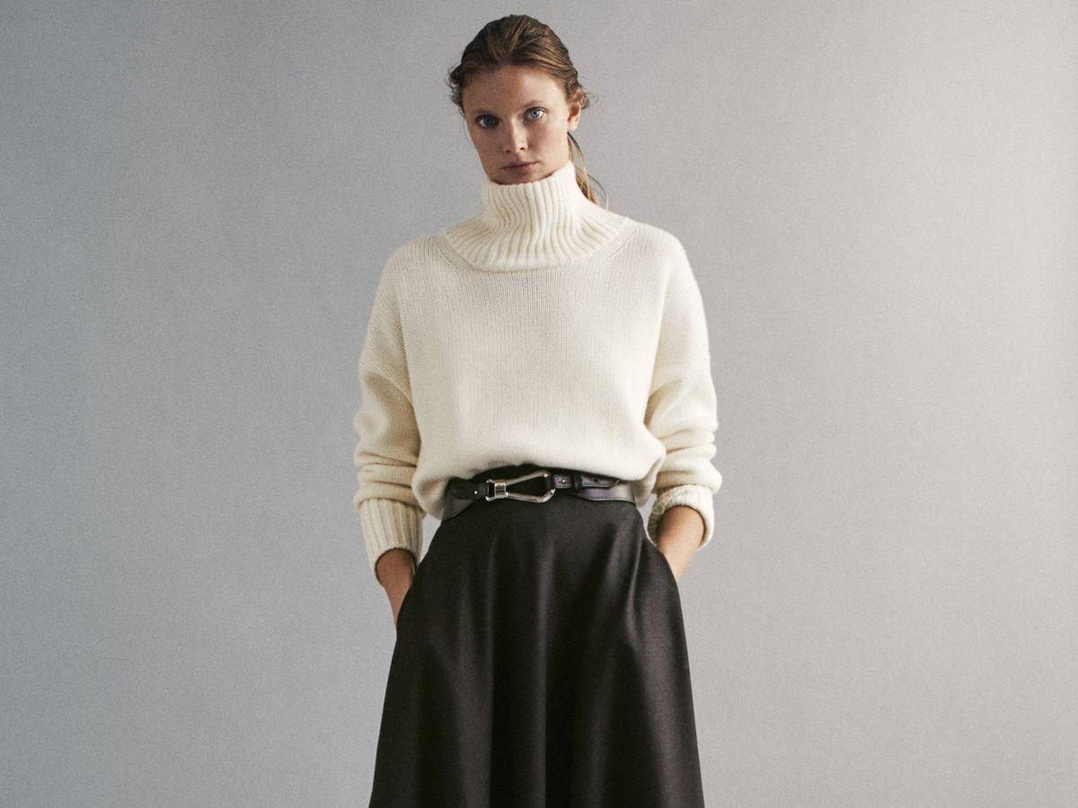 Foto: Encontramos el jersey perfecto para esta falda de Massimo Dutti. (Cortesía)