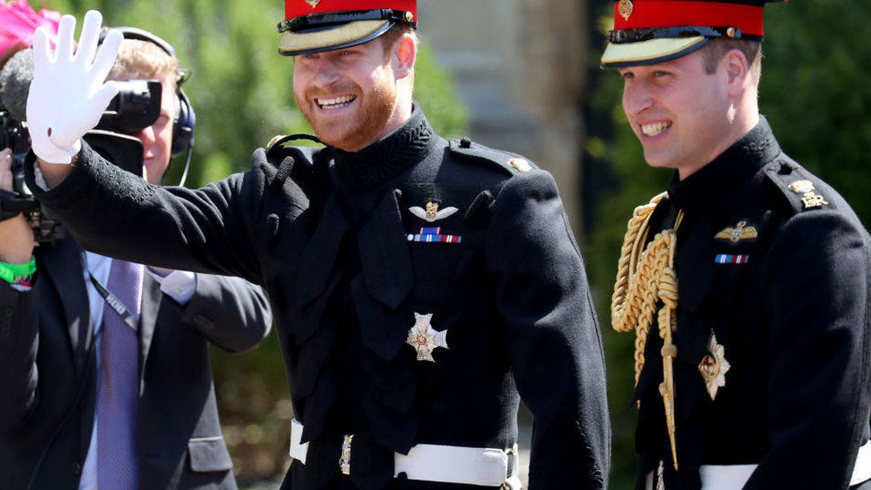 El príncipe Harry con su hermano Guillermo. (Getty)