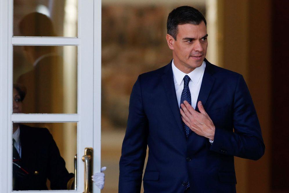 Foto: Pedro Sánchez, este 14 de febrero en la Moncloa, antes de recibir al primer ministro luxemburgués, Xavier Bettel. (EFE)