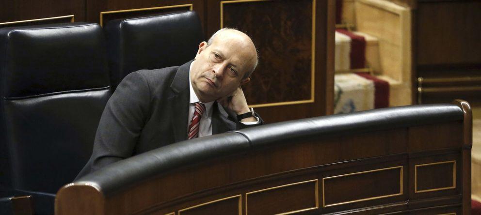 Foto: Wert, Bouzá, Fabra, Rajoy, Rivera... enemigos del catalán en 2014