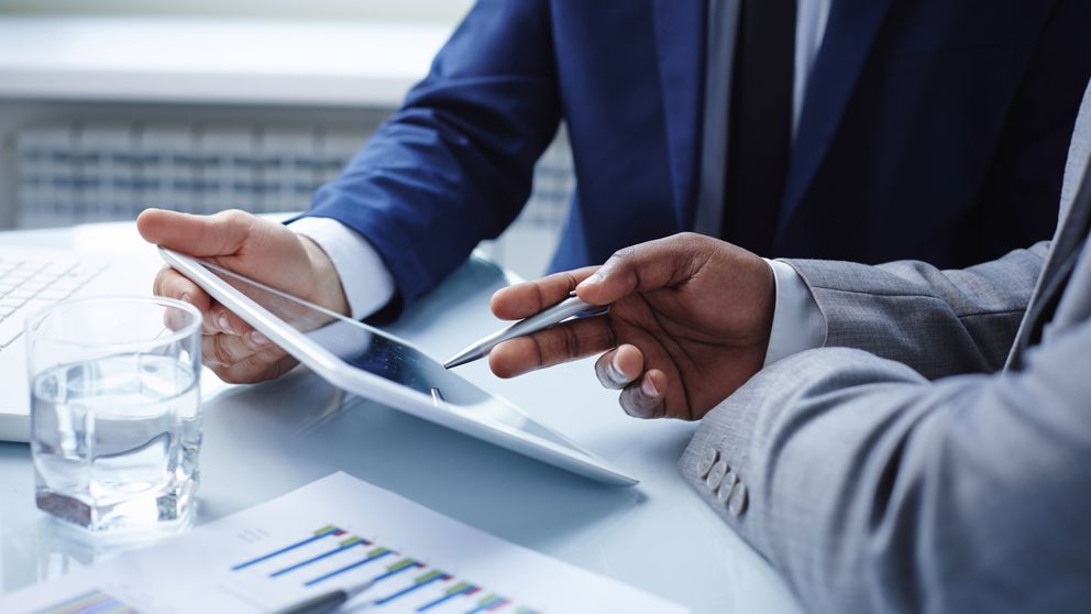 Más del 50% de los españoles contratan productos financieros sin entenderlos