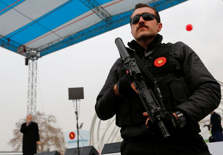Foto: Erdogan habla durante la inauguración del Túnel Eurasia en Estambul, el 20 de diciembre de 2016 (Reuters)