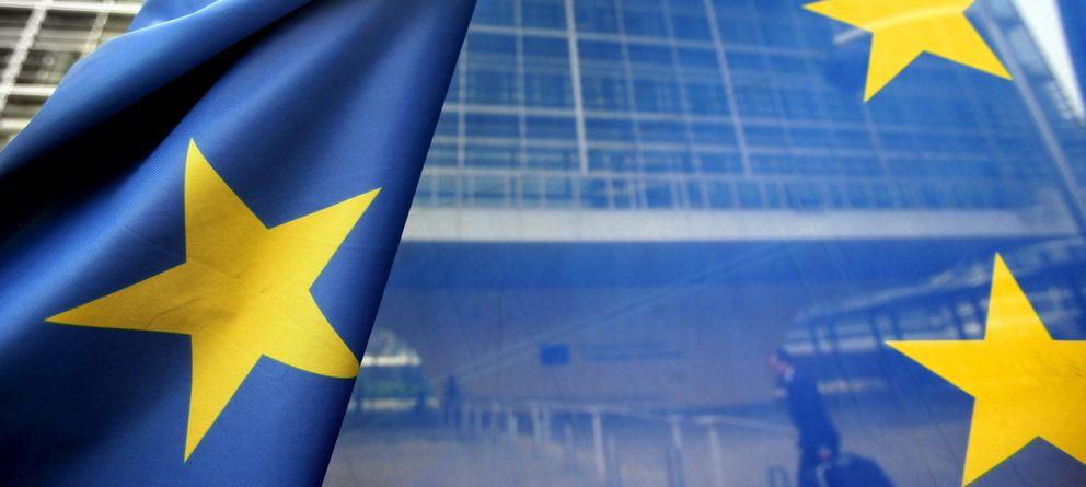 Foto: Bandera de la UE frente a la sede de la Comisión, en Bruselas. (Efe)