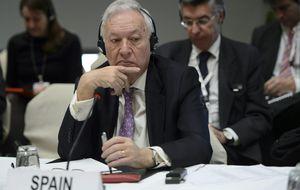 Los 7 días de Margallo en la sanidad pública: hernia... y muchos rumores