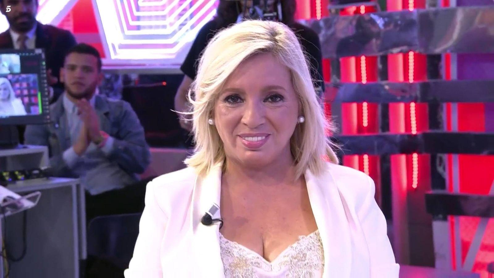 Foto: Carmen Borrego, tras descubrir su nueva cara. (Mediaset)