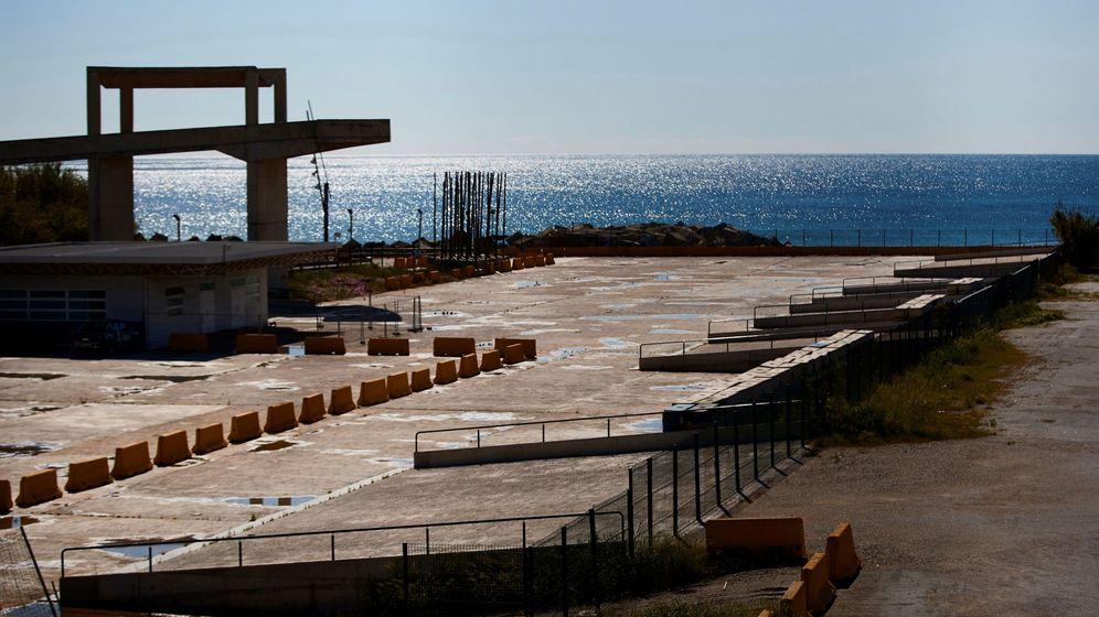 Foto: Vista de la explanada vacía del Parc del Fórum, donde habitualmente se celebra el festival Primavera Sound. (EFE)