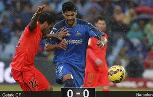 Un Barcelona incapaz se enreda en la red del Getafe y deja marchar al Real Madrid