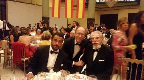 Leandro de Borbón pide que apoyen a Felipe VI al grito de viva España, viva el Rey