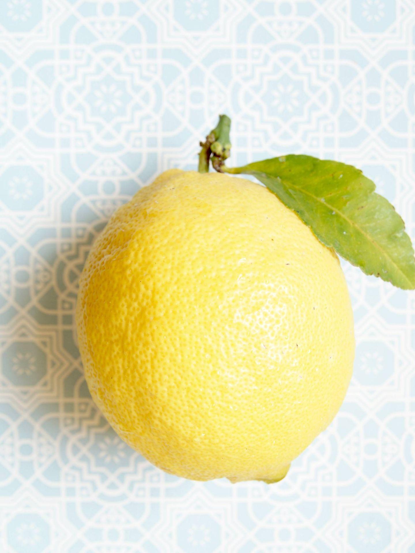 Las propiedades del limón son muchas. (Hanne Hoogendam para Unsplash)