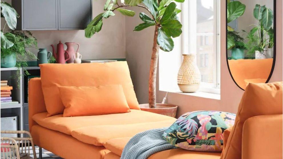Atrévete a poner una nota de color en tu salón con estos muebles de Ikea