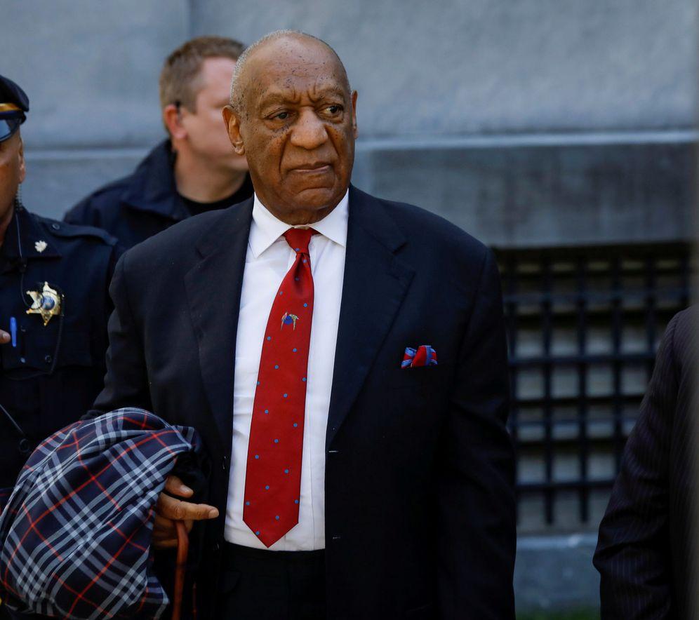 Foto: El actor y comediante Bill Cosby entrando en el juicio que le ha sentenciado a la cárcel. (Reuters)