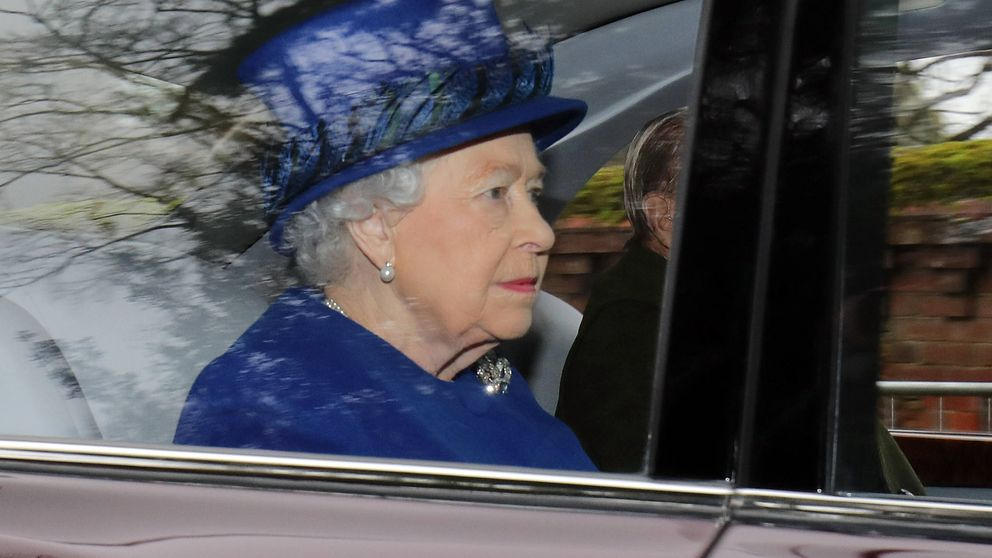 ¡God save the Queen! Isabel II reaparece tras su enfermedad con los Middleton