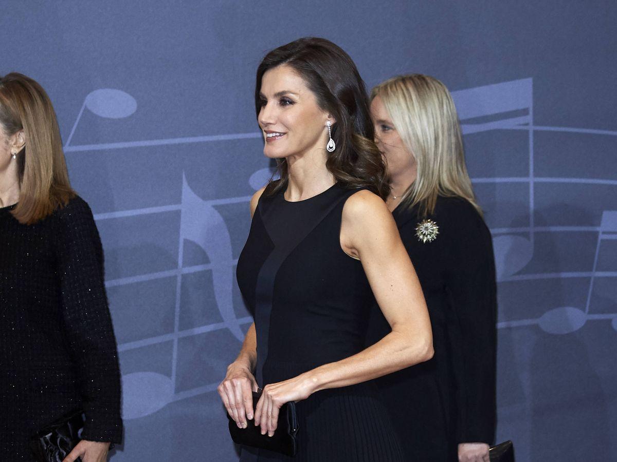 Foto: La reina Letizia siempre ha presumido de brazos tonificados. (Getty)