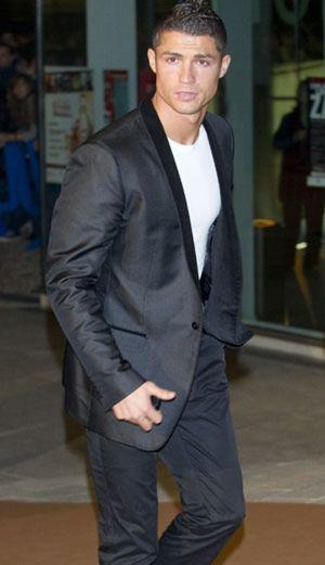 Cristiano Ronaldo y George Clooney testificarán en el proceso contra Berlusconi